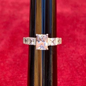 Vintage sterling and cubic zirconia ring
